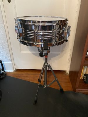 Snare drum and stand for Sale in Tampa, FL