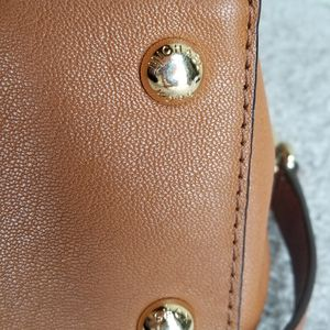 Michael Kors- Tan soft leather large satchel for Sale in Alameda, CA