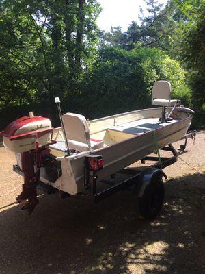 14 ft aluminum v-Hull Jon boat for Sale in Brentwood, TN
