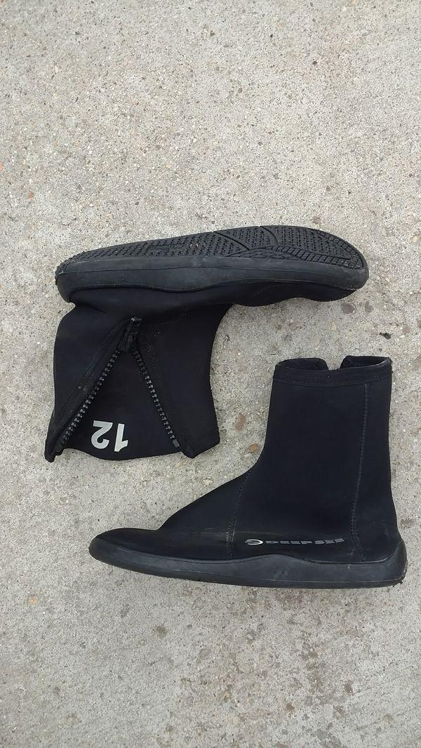 Scuba diving water shoes