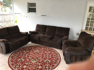 Living room 3 pieces need to Gone by today ! for Sale in Tarpon Springs, FL