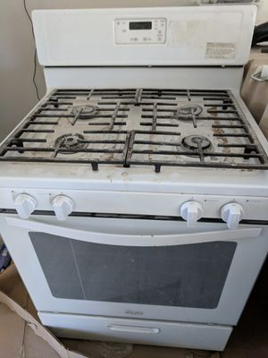 Kitchen appliances! Whirlpool stove and dishwasher! for Sale in Chula Vista, CA