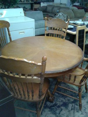 KITCHEN TABLE AND CHAIRS (Real Wood)! for Sale in Charlotte, NC