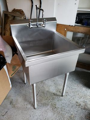 Elkay industrial sink with faucet for Sale in Blacklick, OH