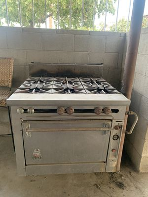 Wolf stove, outdoor kitchen, catering stove, outdoor stove, wolf oven, industrial stove, industrial oven, outdoor appliances for Sale in Bakersfield, CA