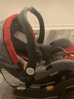 Chicco Car seat for Sale in Murrieta,  CA