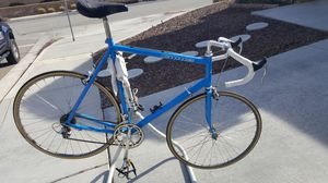 Cannondale road bike for Sale in Hesperia, CA