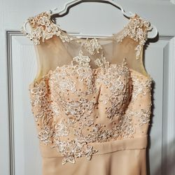 Peach Embroidered Sheer Top Bridesmaid Dress for Sale in Spanaway,  WA