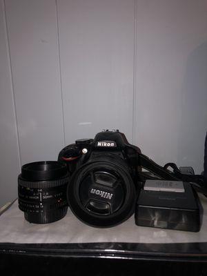 Nikon D3400 w/ 2 prime lenses for Sale in Rock Hill, SC