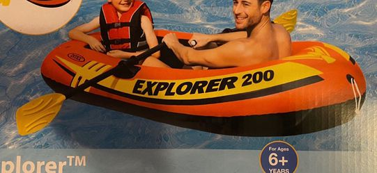 Inflatable Explorer 200 Boat Set (New in Box) for Sale in Fort Belvoir,  VA