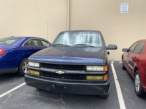 1995 Chevy 1500 extended cab 2wd 5.7 for Sale in Cincinnati, OH
