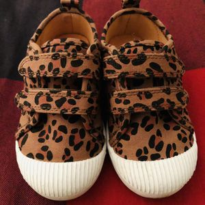 Toddler Cat & Jack Leopard Shoes - Size 7 for Sale in West Palm Beach, FL