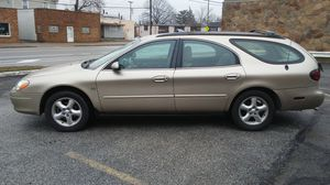 2000 Ford Taurus Wagon ONLY 60K!!! for Sale in Cleveland, OH