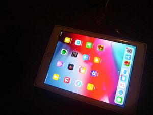 Ipad 6th generation for Sale in Indianapolis, IN