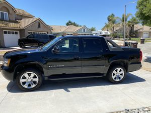 2007 Chevy Avalanche 4x4 for Sale in Norco, CA