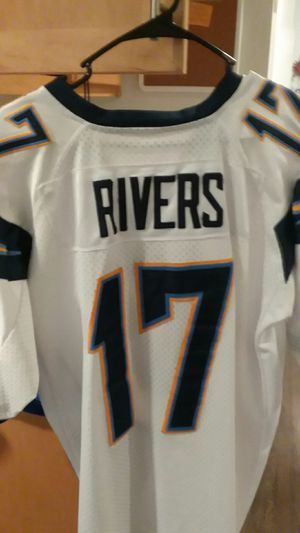 Los Angeles chargers Jersey for Sale in San Marcos, CA