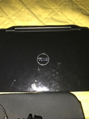 Hp computer windows ten with charger and little case for Sale in Fresno, CA
