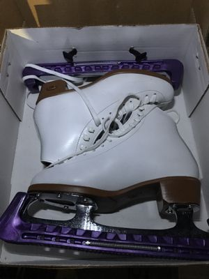 Riedell Women's Figure Skates Size 4 for Sale in Redlands, CA