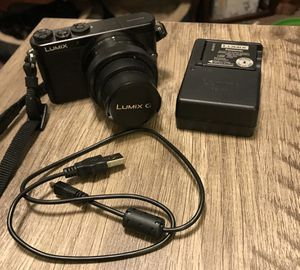 Panasonic LUMIX DMC-GM1KK 16MP Compact Camera System with 12-32mm Detachable Lens for Sale in Clarksville, IN