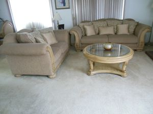 Beautiful living room set for Sale in Rancho Cucamonga, CA