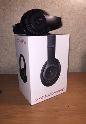 Beat studio wireless head phones for Sale in Boynton Beach, FL