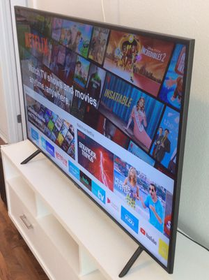 65 INCHES SAMSUNG 4K SMART TV for Sale in Los Angeles, CA