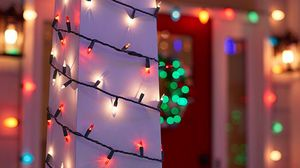 CHRISTMAS LIGHT DECORATION INSTALLER for Sale in Long Beach, CA
