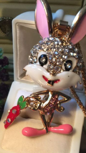 Betsey Johnson 3D rhimestone Bugs Bunny animated Necklace 4 Inches on alloy quality made on a 18 inch gold tone adjustable chain gift boxed I ship for Sale in Northfield, OH
