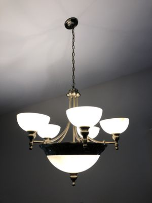 6 Light Dining room chandelier for Sale in Fenton, MO