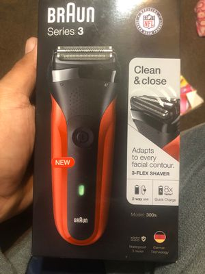 Braun - Series 3 Electric Shaver - Red for Sale in Phoenix, AZ