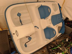 5 person pedal boat for Sale in Cedar Park, TX