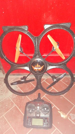 Udi 18 inch drone with remote for Sale in Apache Junction, AZ
