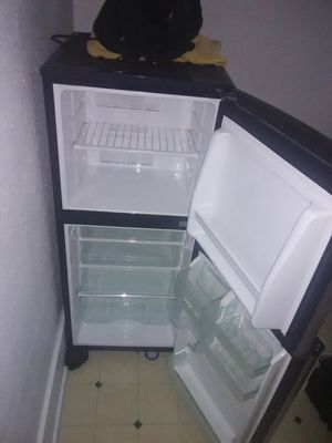 Mini fridge for Sale in Valley City, ND