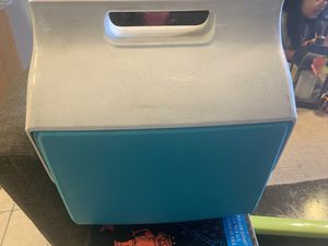 Igloo cooler little playmate for Sale in Garden Grove, CA