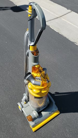 Dyson DC14 Upright Vacuum Cleaner for Sale in Las Vegas, NV
