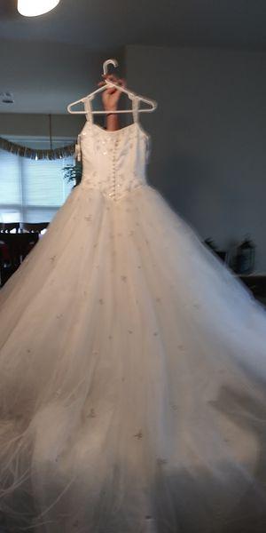 Wedding dress for Sale in Alvarado, TX