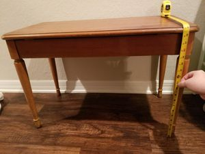 Free Piano Bench for Sale in Haines City, FL