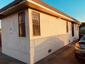 USED OFFICE TRAILER-44' X 9' X 11' MOBILE OFFICE TRAILER for Sale in Fremont, CA