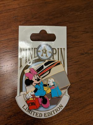 Disney find a pin series LE 1000 with Minnie mouse for Sale in Glendale, AZ