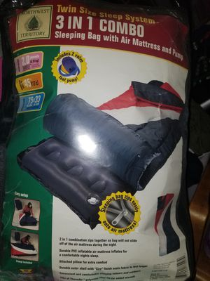 Sleeping bag air mattress w pump for Sale in Bell Gardens, CA