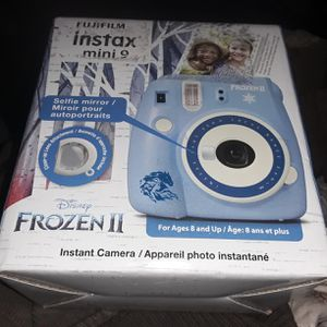 Fujifilm Instax mini 9 Frozen for Sale in Lexington, SC