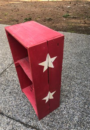 Star book shelf for Sale in Yelm, WA