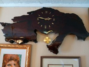 Antique Cypress Wood Clock for Sale in Hawthorne, FL