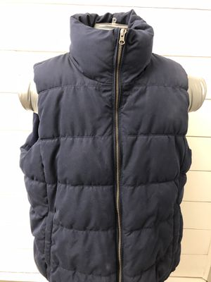 Old Navy Mens Bubble Puffer Vest Size XXL for Sale in Old Bridge Township, NJ