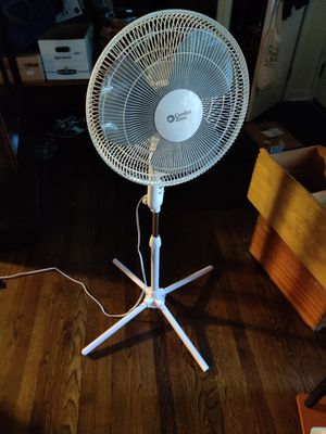Rotating fan for Sale in North Saint Paul, MN