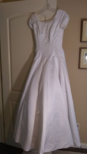 Wedding Dress, size 2 for Sale in Vancouver, WA