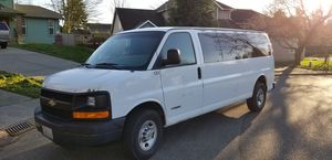 2004 Chevy Express 3500 6.0 166k mi! for Sale in Federal Way, WA