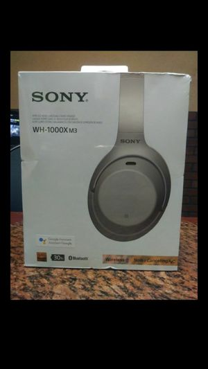 Sony Wireless Noise Canceling headset for Sale in Houston, TX