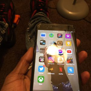 iPhone 8 Plus for Sale in Indianapolis, IN