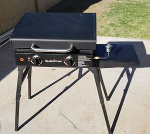"Blackstone 22"" Griddle, hood, and stand for Sale in Mesa, AZ"